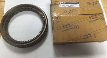 Mercedes Benz  truck parts OE nummers